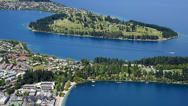 Queensland lake-wakatipu-2143137__340