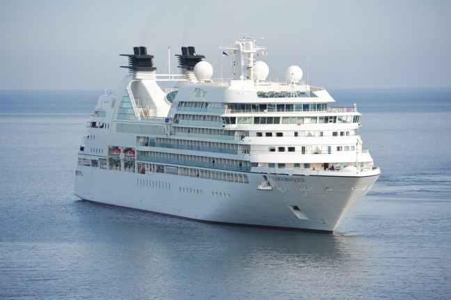 cruise-ship-cruiser-cruise-ship-144237.jpeg