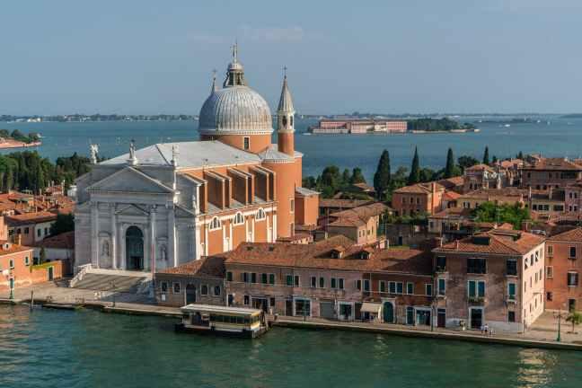 venice-cruise-mediterranean-architecture-161830.jpeg